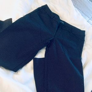 Old Navy Pixie Mid-Rise ankle cropped pants